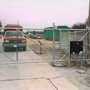 Gate-Access-Fencing